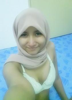 siti aisyah foto cewek bugil pake jilbab foto gadis bugil cerita